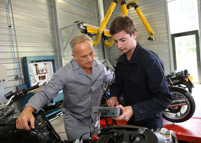 Formation en mécanique moto à Plobannalec
